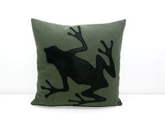 Frog cushion cover, dark green and black, decorative pillow, sofa pillow, valentine's day, dorm pillow