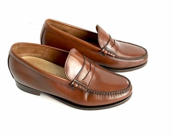 256a6139197 Vintage Designer Men s Leather Penny Loafers by Timberland