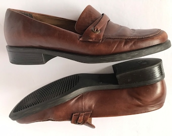 20a3cea4490 80s Distressed Leather Penny Loafer Brown Slip Ons