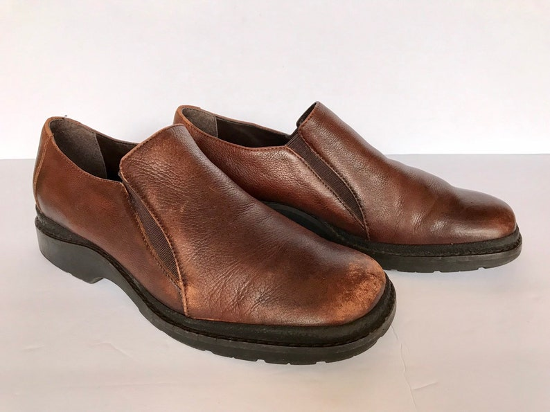 cccc4320c6e Vintage Brown Distressed Leather Slip On Loafers by Aerosoles