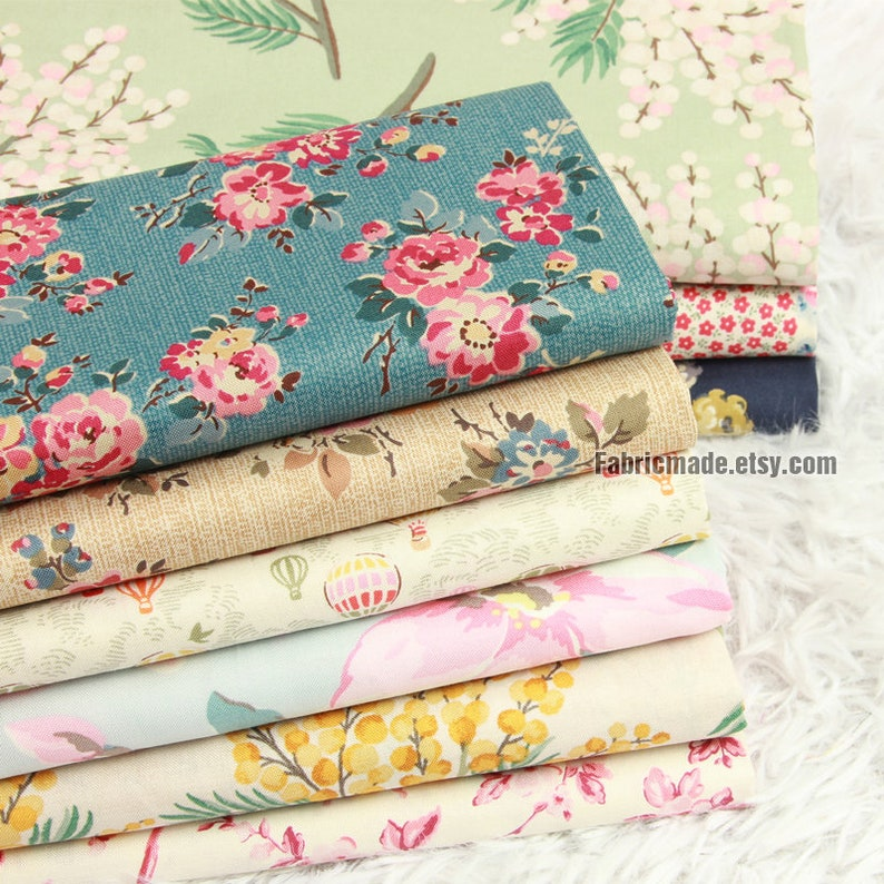 Floral Cotton Fabric Roses Flower Square Patch Work Fabric image 0