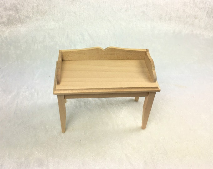 Work table, for flowers and plants in the garden or nursery, for the dollhouse, the dollhouse, cribs, miniatures, model making