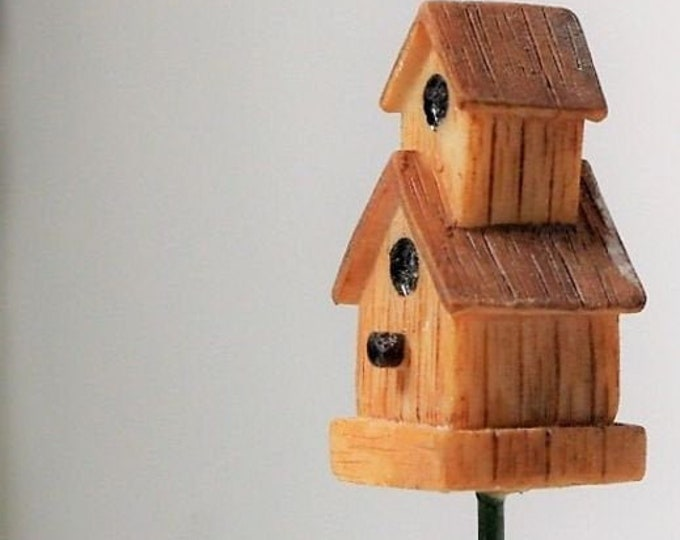 Bird house for the dollhouse, the dollhouse, dollhouse miniatures, cribs, miniatures, model making