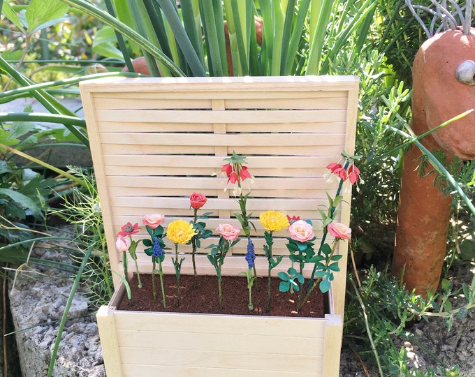 Flower box with pergola, for the garden, the terrace, the balcony, the doll's house, the doll's house, cribs, miniatures, model making