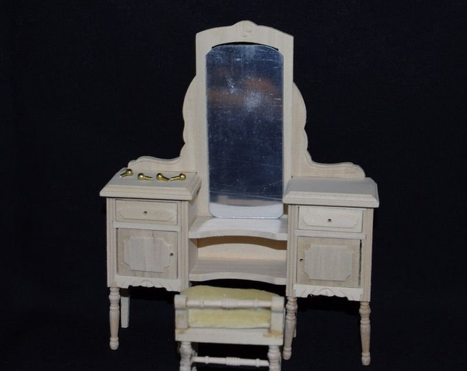 Dressing table for the dollhouse, the dollhouse, dollhouse miniatures, cribs, miniatures, model making
