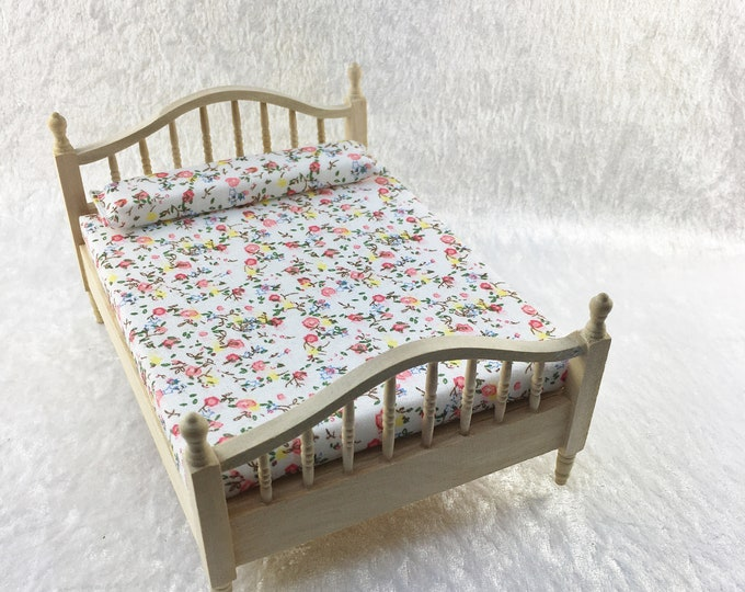 Double bed, double bed for the dollhouse, the dollhouse, dollhouse miniatures, cribs, miniatures, model making