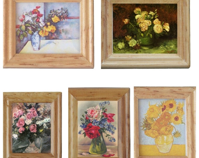 Copies of paintings flowers in a wooden frame, for the dollhouse, the dollhouse, dollhouse miniatures, cribs, miniatures, model making