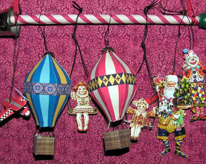 Hanging toys and hot air balloons, Paperminis, paper craft kit in miniature for the doll's house, the doll's house, Dollhouse