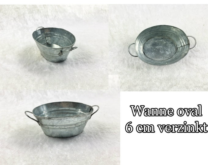 Tubs, galvanized and rusty for the doll's house, the doll's house, Dollhouse miniatures, nativity scenes, miniatures, model making