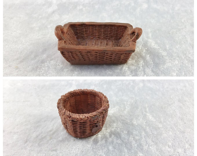 Chip basket, decoration for home and garden, for the dollhouse, the doll house, dollhouse miniatures, cribs, miniatures, model making