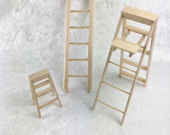 Small ladder, ladder with footboard, wooden ladder painter ladder, goat ladder for the dollhouse, the dollhouse, dollhouse miniatures, cribs