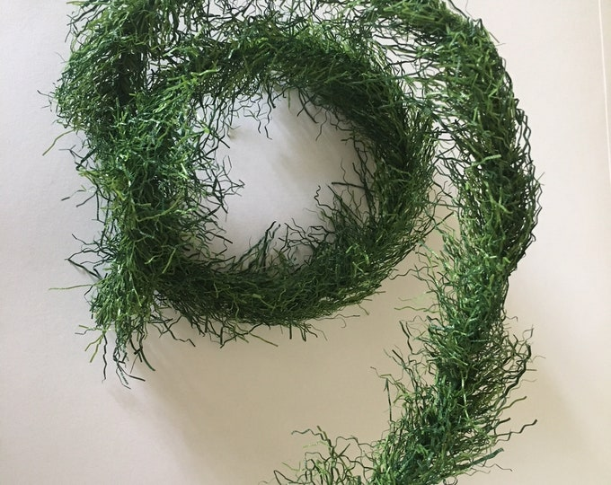 Grass Garland in green for tinkering for the doll's room, the doll house, Dollhouse miniatures, cribs, model making