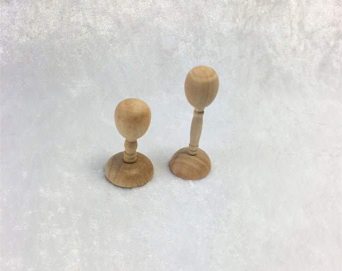 Hat stands for the dollhouse, the dollhouse, dollhouse miniatures, cribs, miniatures, model making