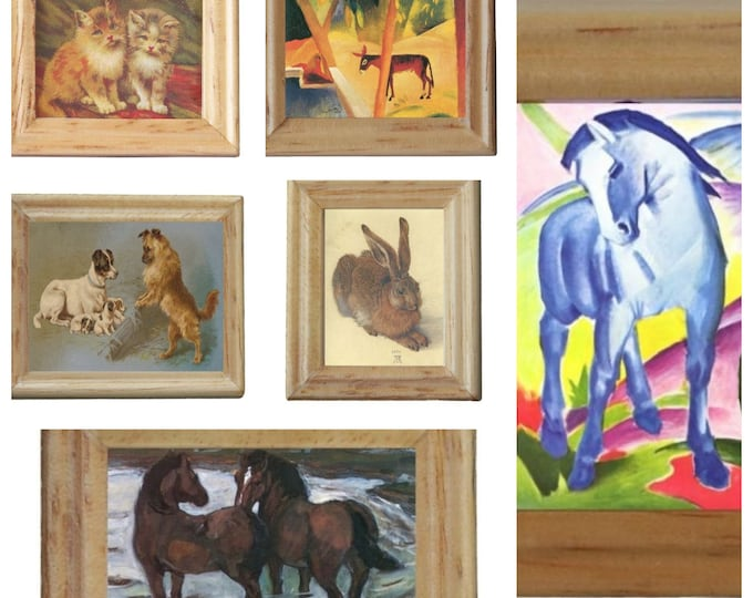Copies of paintings animals in a wooden frame, for the dollhouse, the dollhouse, dollhouse miniatures, cribs, miniatures, collectors