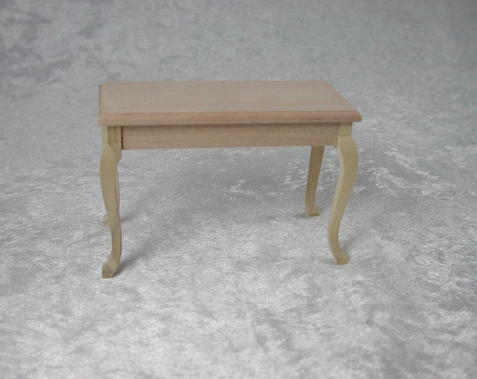 Occasional table, for the doll's house, the Dollhouse, Dollhouse miniatures, cribs, miniatures, modelling # 23414