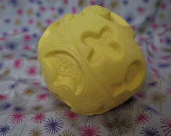 Edward Mobley, Arrow Rubber and Plastics, Contour Shape Ball mini in yellow, squeak toy