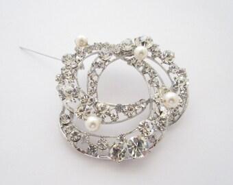 Bridal brooch pin,wedding brooch,wedding accessories,bridal hair comb,pearl brooch,brooch bouquet,large brooch pin,wedding jewelry brooch