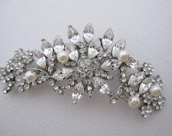 Wedding Brooches Wedding jewelry brooches Bridal jewelry Brooches Wedding brooch pins Bridal brooches Wedding dress brooches Bridal sash