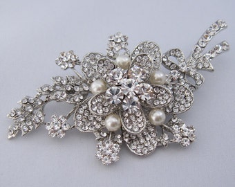 Crystal wedding brooch,pearl bridal brooch,bridal sash brooch,wedding dress brooch,wedding belt sash brooch,wedding hair comb,bridal comb