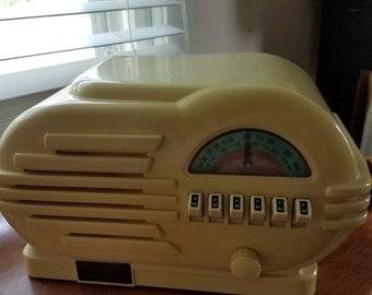 Radio Crosley vintage radio yellow art deco look collectors edition  nonworking home decor shelf decor