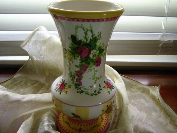 Vase Laura Ashley Vase 9 Inch Tall Vase Wedding Table Decor Etsy