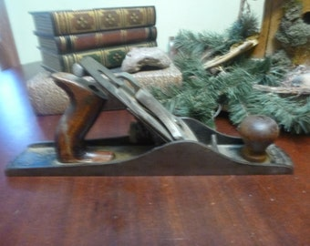 Antique Carpenters Wood Plane, In Very Good Original Condition