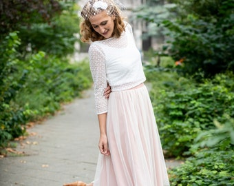 Short bridal skirt made of fine tulle with rose-colored underskirt - Smilla