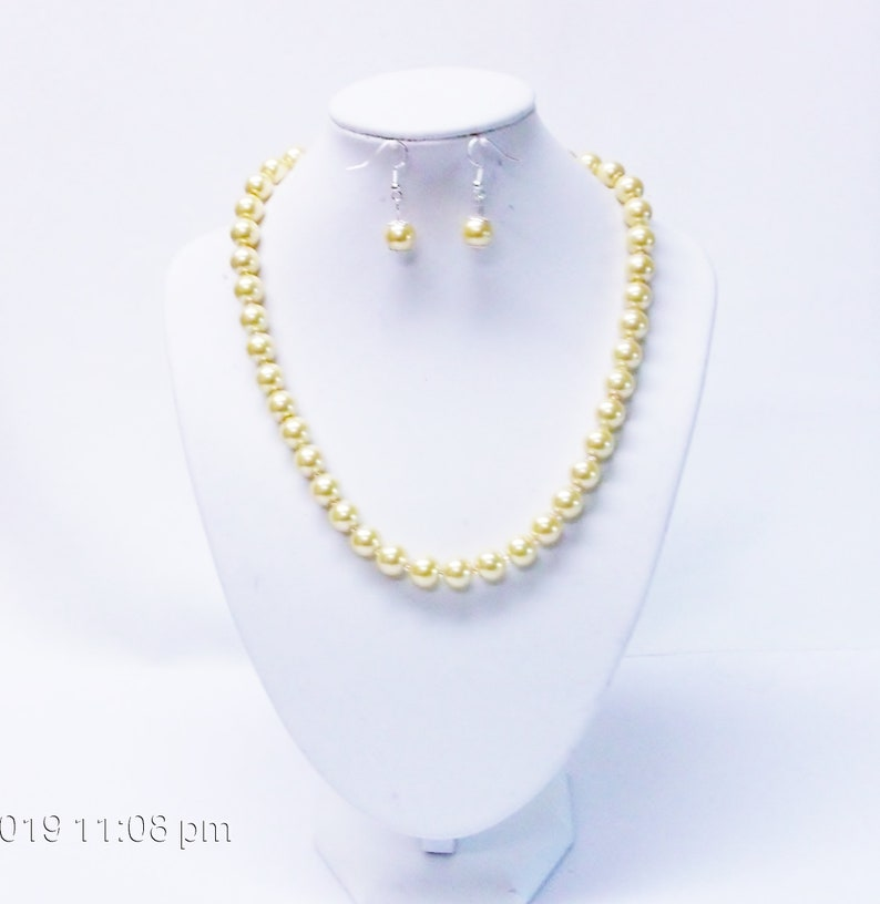 10mm Yellow Glass Pearl wCrystal Seed Beads NecklaceEarrings Set