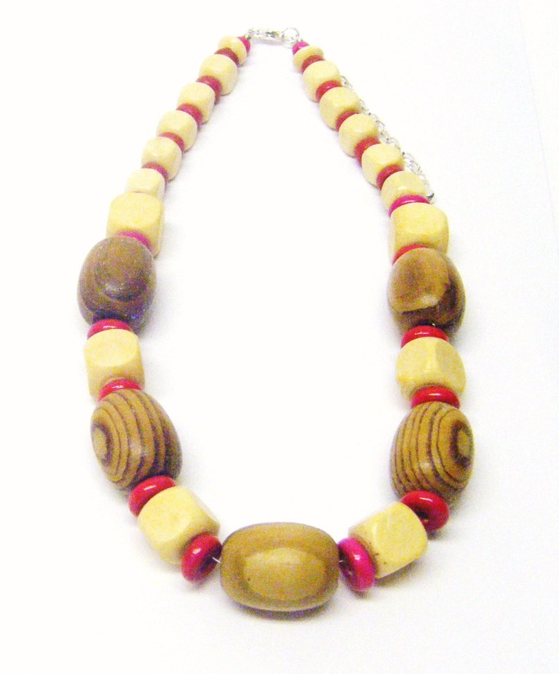 Chunky Natural Oval Wood Beads wRed Disc Bead Necklace /& Earrings Set