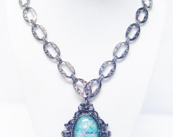 "Large Oval Gum Metal Pendant w/""Paris"" Cabochon on Oval Loop Chain Necklace"