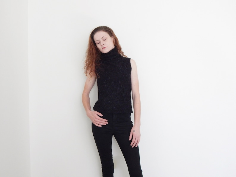 26ffa07e2f59cb 90s sparkly black sleeveless turtleneck sweater tank top