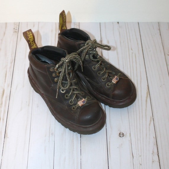 Dr. MARTENS Boots . Vintage 1980s Brown Leather An