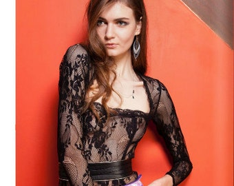 Black lace Bodysuit in stretch floral lace with long sleeves