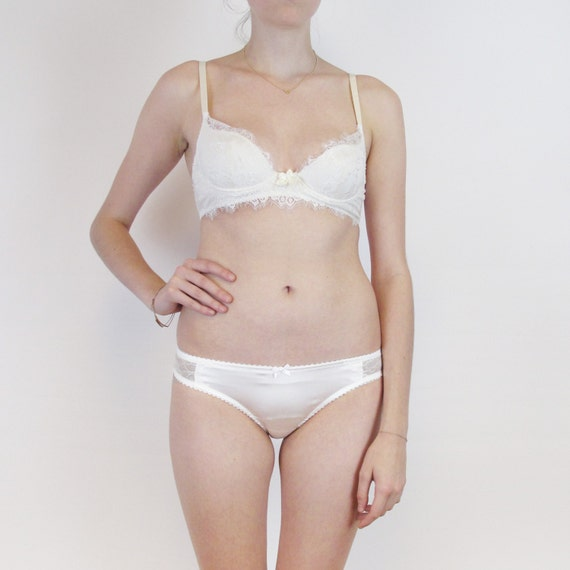 0aef3831d1 Lace plunge bra and panties in off-white chantilly lace