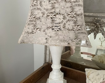 Gorgeous large aNtique chippy white column table lamp Shabby French cottage chic wood wooden salvage