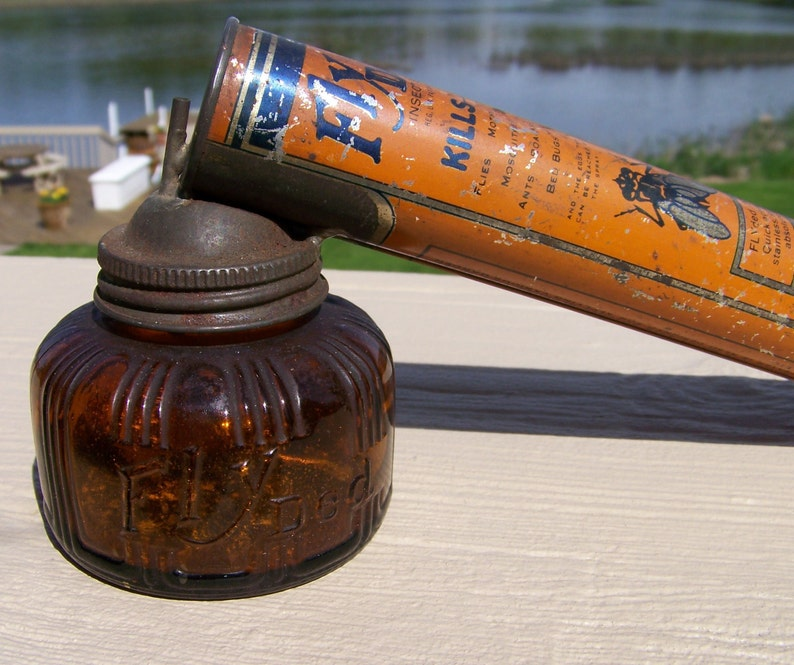 Vintage Fly Ded Bug Sprayer with Glass Container 1926 Midway Chemical  Company, Chicago, Illinois Vintage Bug Sprayer Wood Handle Sprayer