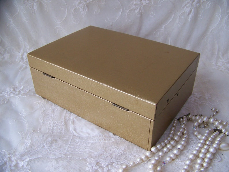Vintage Jewelry Box with Mirror.Vintage Gold Jewelry Box.Vintage Jewelry Organizer.Vintage Dresser Decor.Vintage Organizer Box.Vanity Box.