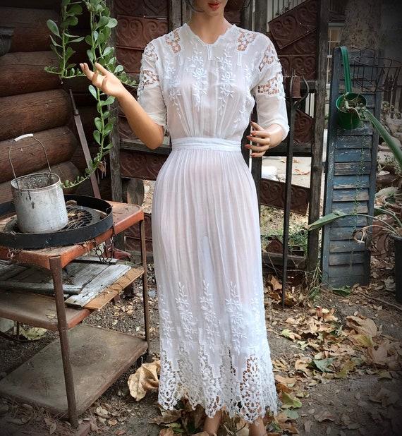 Edwardian Lawn DRESS ~ White Cotton Lace ~ Victori