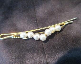 Faux Pearl Adorned Hair Pin