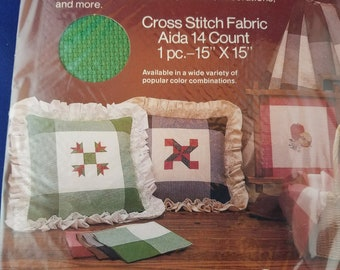 14 Count Aida Cloth with Green Border