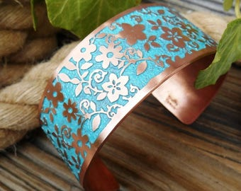 Turquoise Flower Copper Bracelet Cuff, Floral Design Jewelry, Flowers, Gift for her, Copper Cuff, Boho Jewelry, Ready to Ship