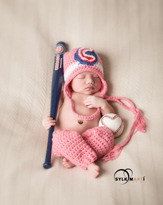 bd2b221de00 Chicago Cubs baby hat and leg warmers