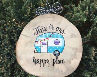 Vintage Camper Ornament, Wood Slice Ornament, Adventure ornament, Vintage Camper, Family ornament, Travelers gift, Glamping Gift, Camping