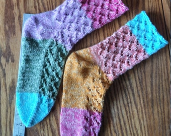 Pair of Soft, Handknit Lace Gradient Ombre acrylic socks, Men Size 9-1/2D (E) to 11D - Women Size 10D(E) - 12D(E) - FREE shipping U.S. only!