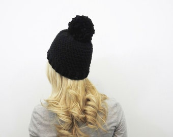 Black Pom Pom Hat. Chunky Pom Pom Beanie. Black Beanie. Womens Pom Pom Hat. Womens Winter Hat. Black Crochet Hat. Crochet Beanie Hat.