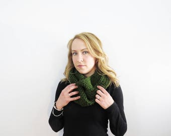 Crochet Infinity Scarf. Eternity Scarf. Green Scarf.  Circle Scarf. Knit Infinity Scarf. Olive Crochet Scarf. Womens Winter Accessories.
