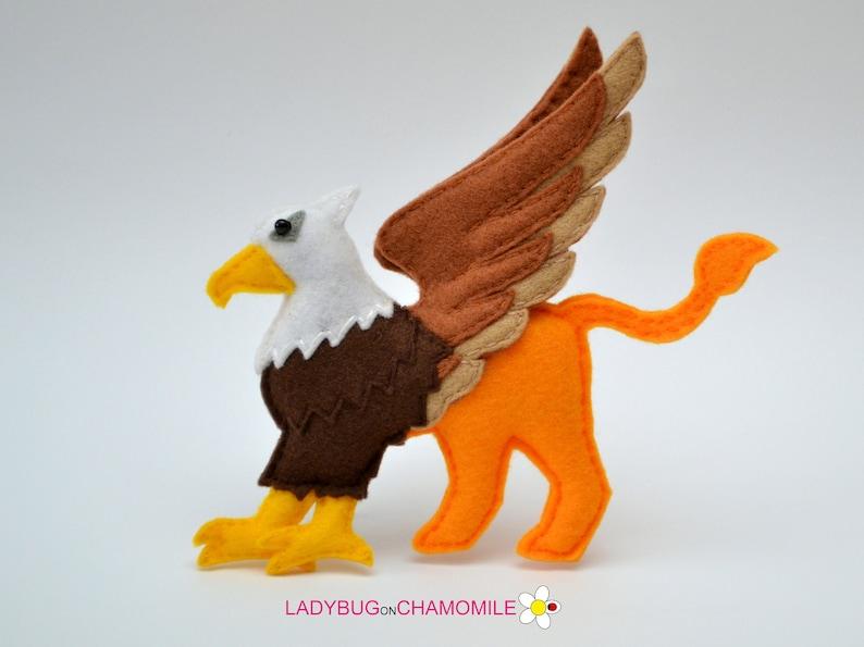 Felt Griffin Stuffed Felt Griffin Ornament Toy Magnet Keychain Brooch