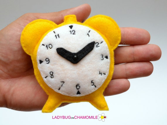 cute toy Clock toy,Nursery decor,Clock magnet,kids toy felt toy Felt CUTE CLOCK stuffed felt Clock magnet or ornament