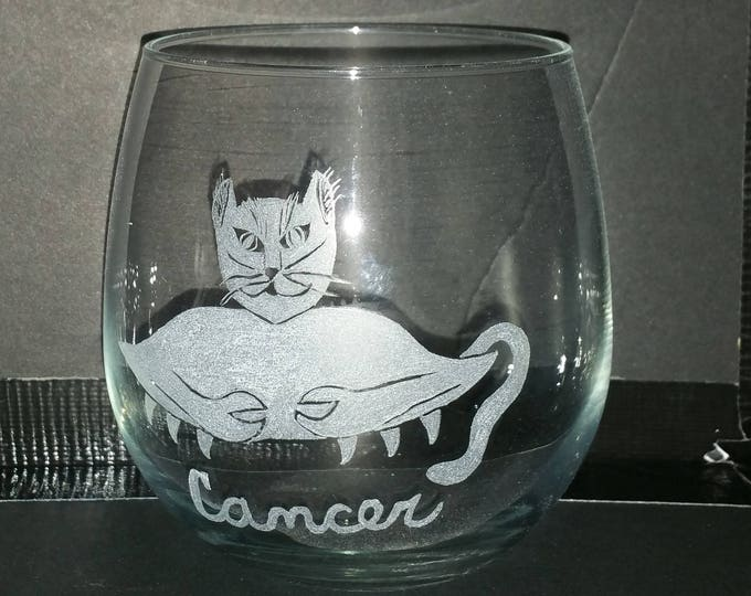 Cancer the Crab from our Kitty Kat Zodiac series on a 16 oz stemless Wine Glass