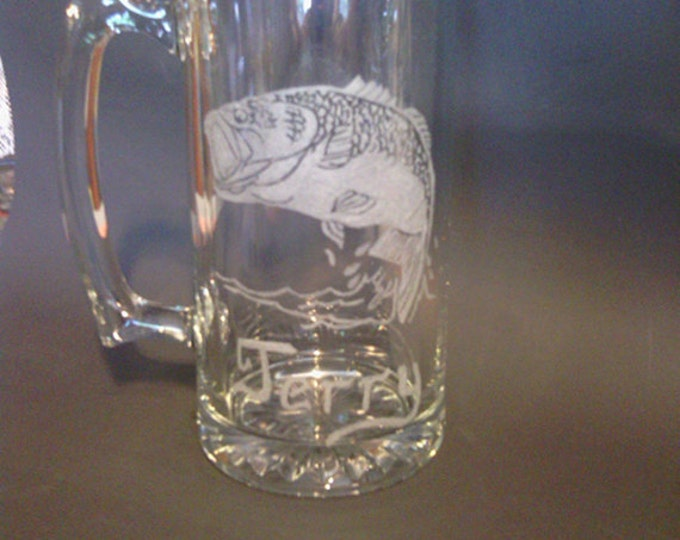 Large Mouth Bass fish image engraved on 20 oz mug